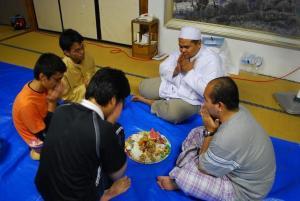 Bace doa dulu sebelum makan=).