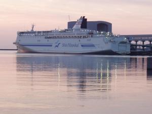 ShinNihonkai Ferry